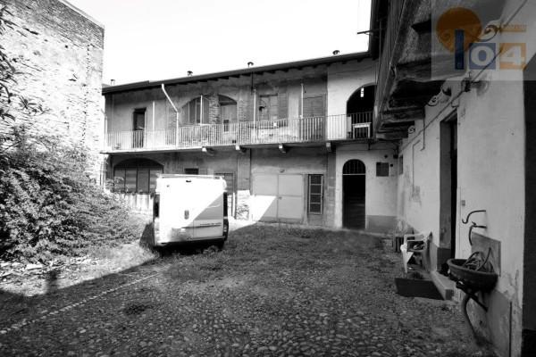 Palazzo / Stabile in vendita a Cesano Maderno, 6 locali, prezzo € 290.000 | Cambio Casa.it