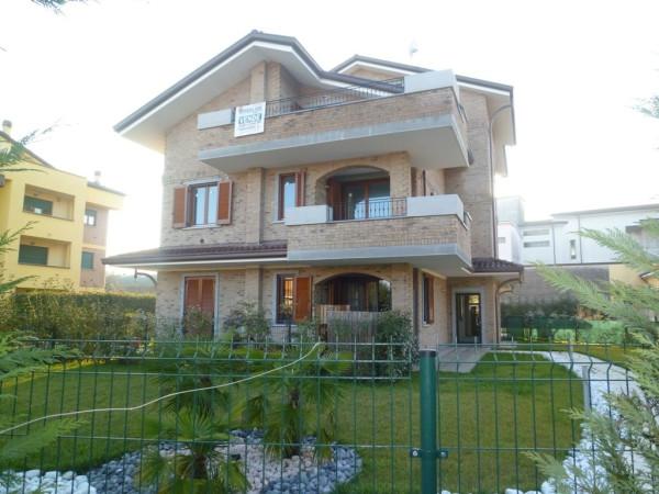 Attico / Mansarda in vendita a Cesano Maderno, 3 locali, prezzo € 300.000 | Cambio Casa.it