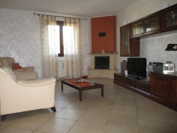 Villa a Schiera in vendita a Lizzanello, 6 locali, prezzo € 190.000 | Cambio Casa.it