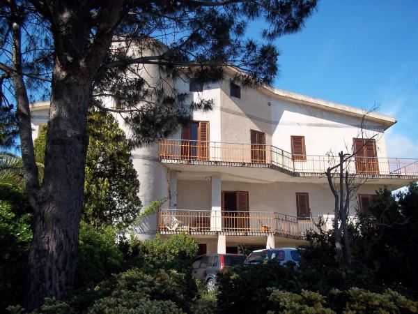 Villa 6 locali in vendita a Gizzeria (CZ)