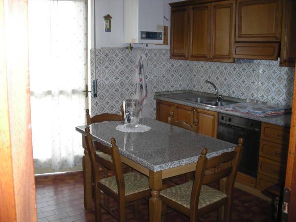 Appartamento in vendita a Fara Gera d'Adda, 4 locali, prezzo € 99.000 | Cambio Casa.it