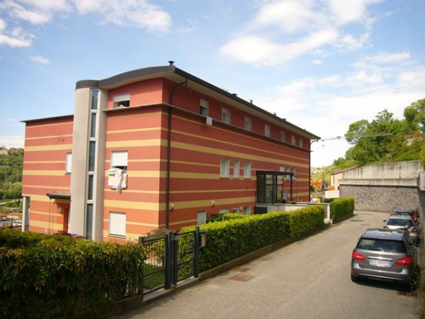 Appartamento in vendita a Cernobbio, 3 locali, prezzo € 270.000 | Cambiocasa.it