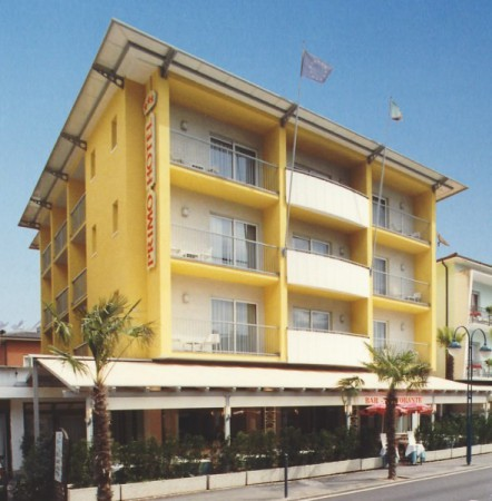 attivita alberghiera albergo Vendita Riva Del Garda