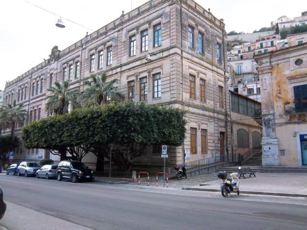 Casa indipendente in Vendita a Modica Centro: 5 locali, 120 mq
