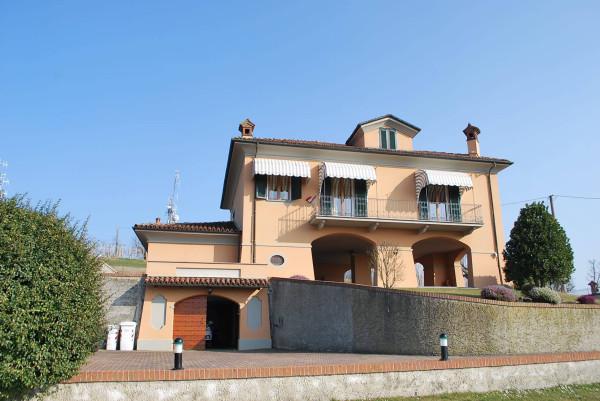 Villa in vendita a Guarene, 6 locali, prezzo € 650.000 | Cambio Casa.it