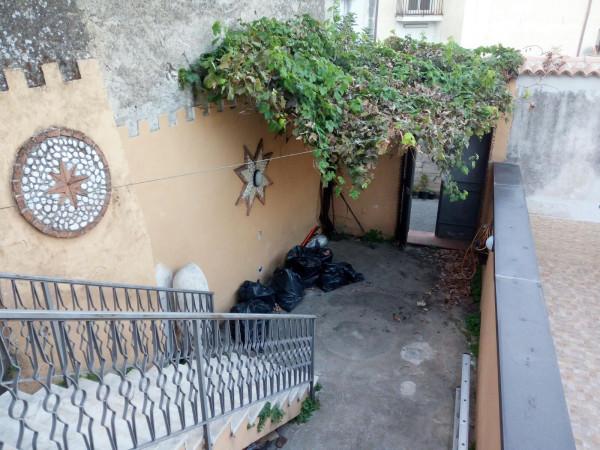 Soluzione Indipendente in vendita a Mercato San Severino, 3 locali, prezzo € 75.000 | CambioCasa.it