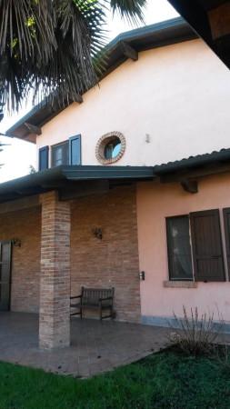 Villa in vendita a Crema, 6 locali, prezzo € 400.000 | Cambio Casa.it
