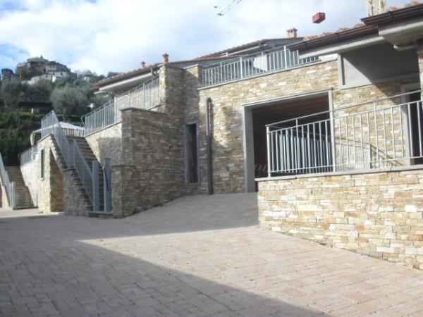 Soluzione Indipendente in vendita a Pistoia, 5 locali, prezzo € 345.000 | Cambio Casa.it