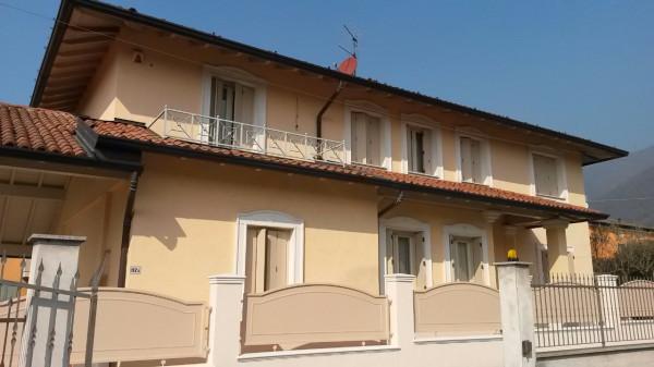 Villa in Vendita a Nave