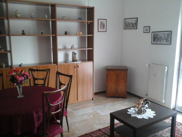 Appartamento in affitto a Paderno d'Adda, 2 locali, prezzo € 450 | Cambio Casa.it