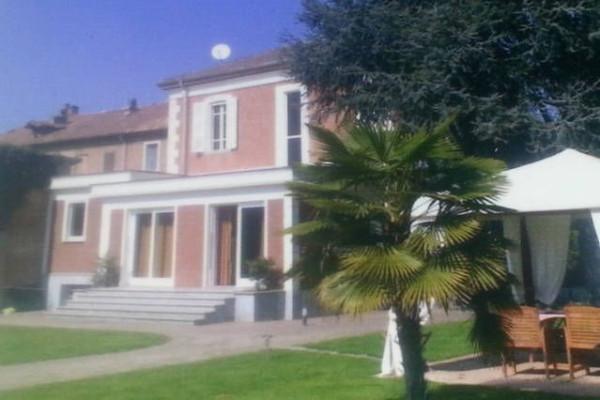 Villa in vendita a Castelnuovo Belbo, 6 locali, prezzo € 290.000   Cambio Casa.it