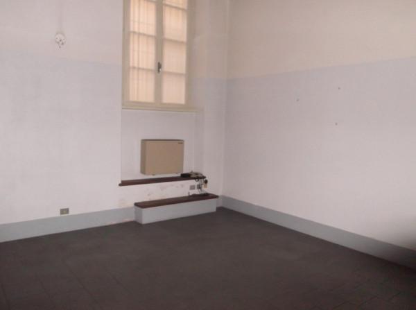 Ufficio-studio in Affitto a Piacenza Centro: 5 locali, 80 mq