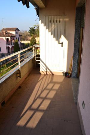 Bilocale Vanzago Via Sandro 2