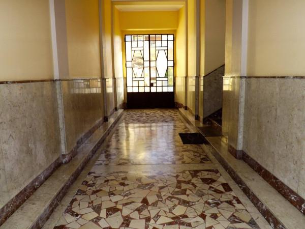 Bilocale Torino Via Gradisca 4