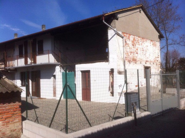 Soluzione Indipendente in vendita a Villata, 3 locali, prezzo € 70.000 | Cambio Casa.it