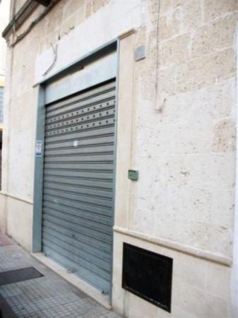 Negozio / Locale in affitto a Oria, 4 locali, prezzo € 500 | Cambio Casa.it