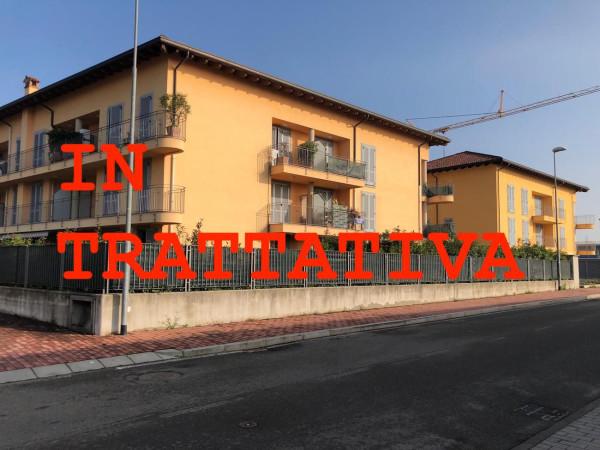 Appartamento in vendita a Carnate, 2 locali, prezzo € 140.000 | Cambio Casa.it