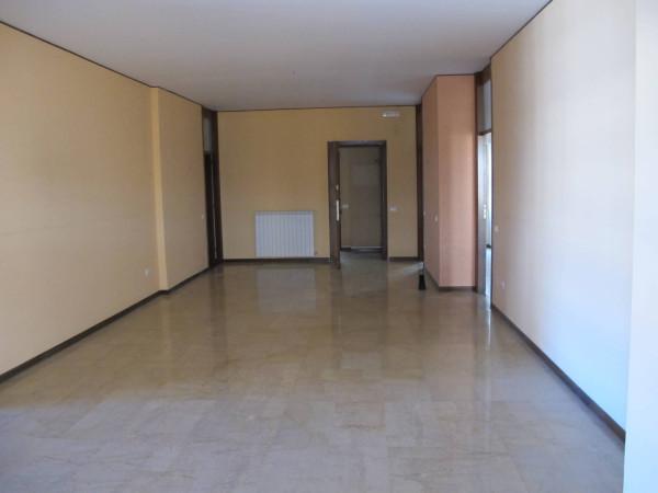 Appartamento in affitto a Palermo, 4 locali, prezzo € 1.300   CambioCasa.it