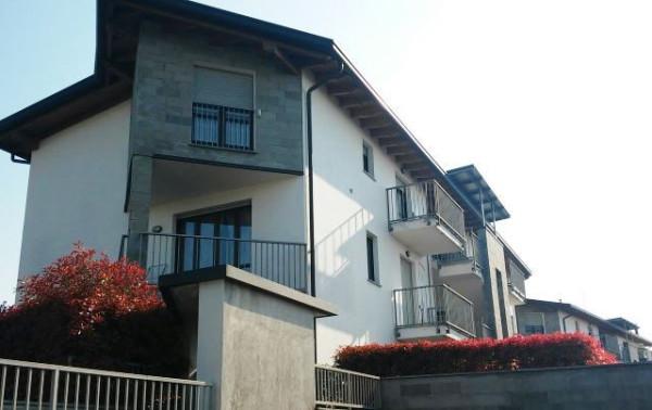 Appartamento in vendita a Cantù, 2 locali, prezzo € 99.000 | Cambiocasa.it