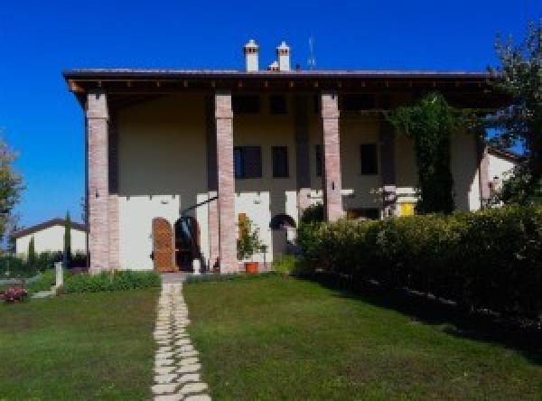 Soluzione Indipendente in vendita a Granarolo dell'Emilia, 5 locali, prezzo € 450.000 | Cambio Casa.it