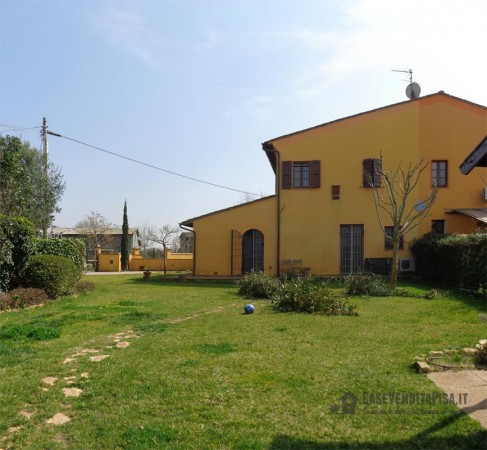 Rustico / Casale in vendita a Cascina, 4 locali, prezzo € 360.000 | CambioCasa.it