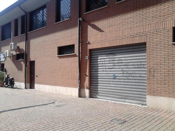 Magazzino in affitto a Roma, 1 locali, zona Zona: 37 . Morena - Ciampino - Trigoria - Falcognana, prezzo € 850 | Cambio Casa.it