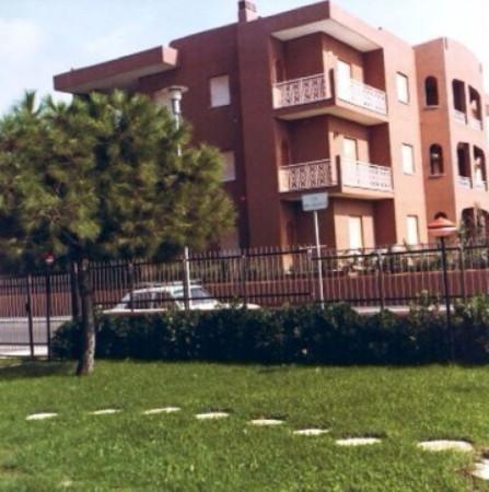 Appartamento in vendita a Cerveteri, 4 locali, prezzo € 180.000 | Cambiocasa.it