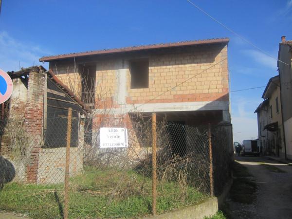 Soluzione Indipendente in vendita a Monticelli Pavese, 3 locali, prezzo € 39.000 | Cambio Casa.it