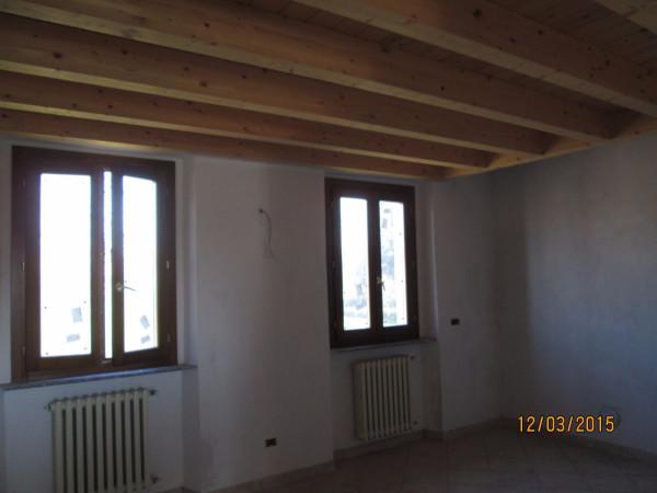 Bilocale Triuggio Via Monte Rosa 4