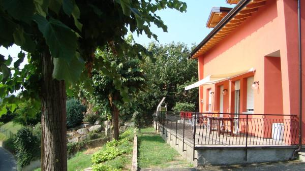 Villa in vendita a Besozzo, 4 locali, prezzo € 265.000 | Cambio Casa.it