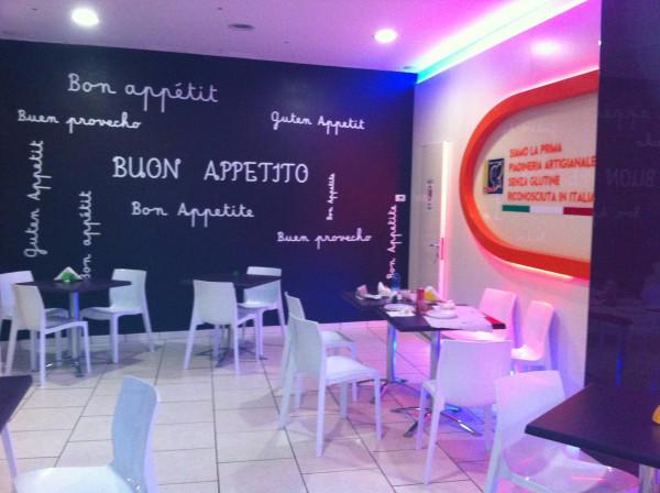 Ristorante / Pizzeria / Trattoria in vendita a Avezzano, 3 locali, prezzo € 100.000 | Cambio Casa.it