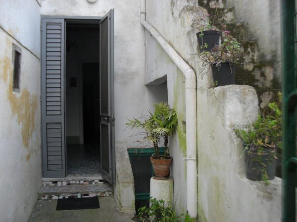 Bilocale Botrugno Via Cesare Battisti 2