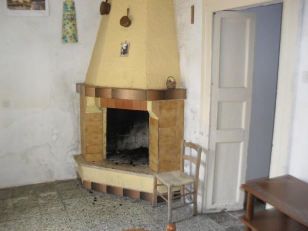 Bilocale Botrugno Via Cesare Battisti 8