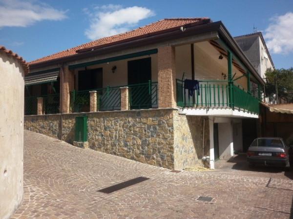 Soluzione Indipendente in vendita a Santa Maria la Carità, 5 locali, prezzo € 950.000 | Cambio Casa.it