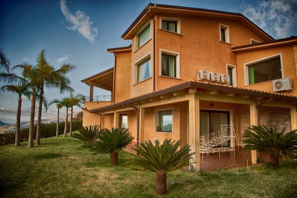 Villa in affitto a Borgetto, 6 locali, Trattative riservate | Cambio Casa.it