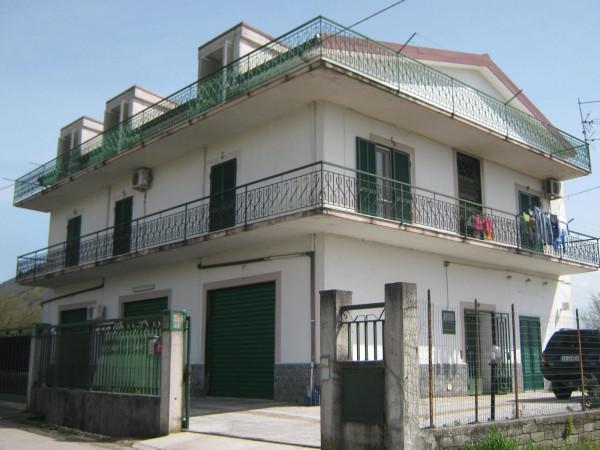 Villa in vendita a Vairano Patenora, 6 locali, prezzo € 240.000 | CambioCasa.it