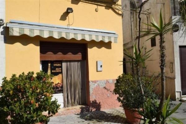 Negozio / Locale in affitto a Oria, 2 locali, prezzo € 400 | Cambio Casa.it