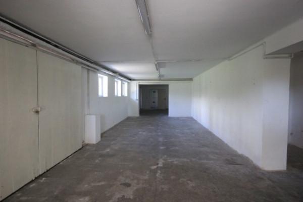 Magazzino in affitto a Vicenza, 5 locali, prezzo € 400 | Cambio Casa.it