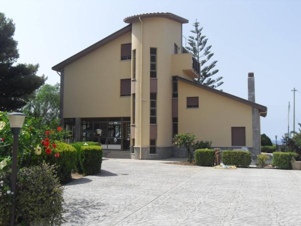 Villa in Vendita a Lascari Periferia: 5 locali, 300 mq