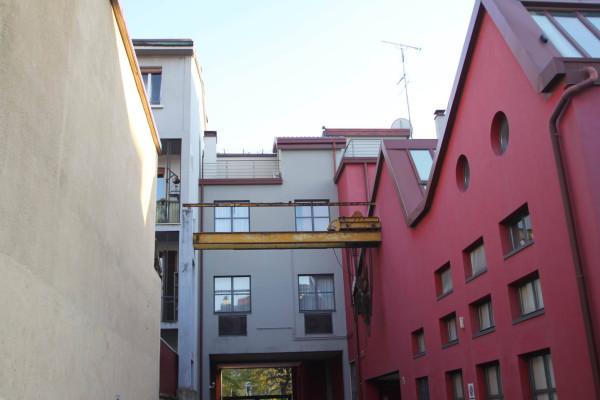 Bilocale Milano Via Cesare Ajraghi 8