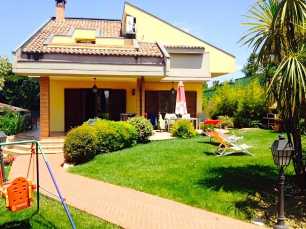 Villa in vendita a Pescara, 6 locali, Trattative riservate | Cambio Casa.it