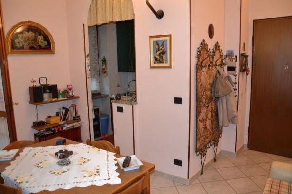 Bilocale Rivoli Via Arno 10