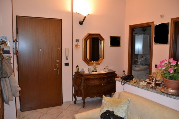 Bilocale Rivoli Via Arno 3