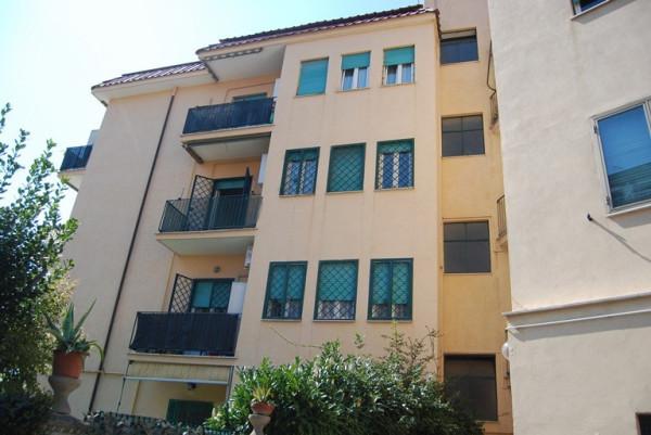 Bilocale Ciampino Piazza Della Pace 3