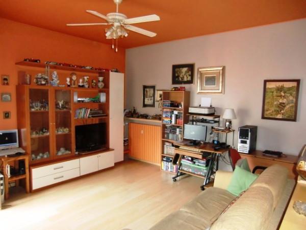 Appartamento in vendita a Canzo, 2 locali, prezzo € 88.000 | Cambio Casa.it