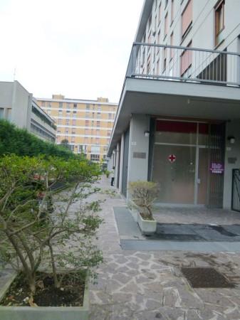 Negozio / Locale in vendita a Modena, 9999 locali, prezzo € 130.000 | Cambio Casa.it