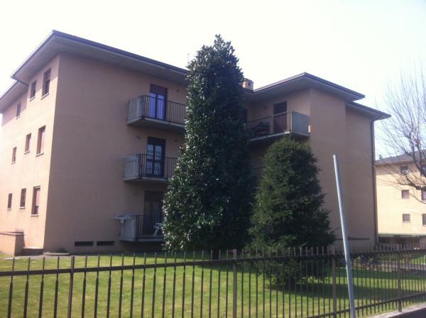 Appartamento in vendita a Madone, 3 locali, prezzo € 77.000 | Cambio Casa.it
