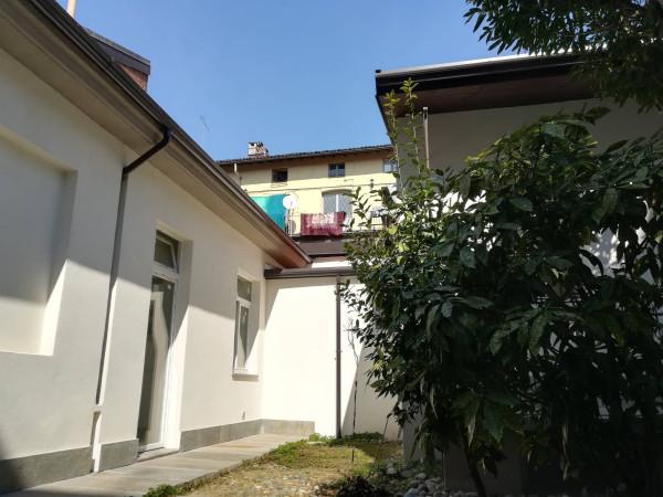 Bilocale Torino Via Soana 1