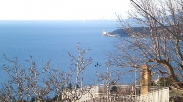 Bilocale Trieste Via Bonomea 5