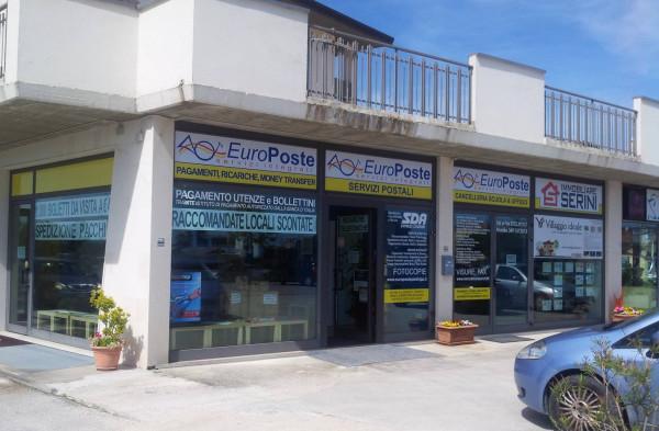 Attività / Licenza in vendita a Macerata, 2 locali, prezzo € 10.000 | Cambio Casa.it